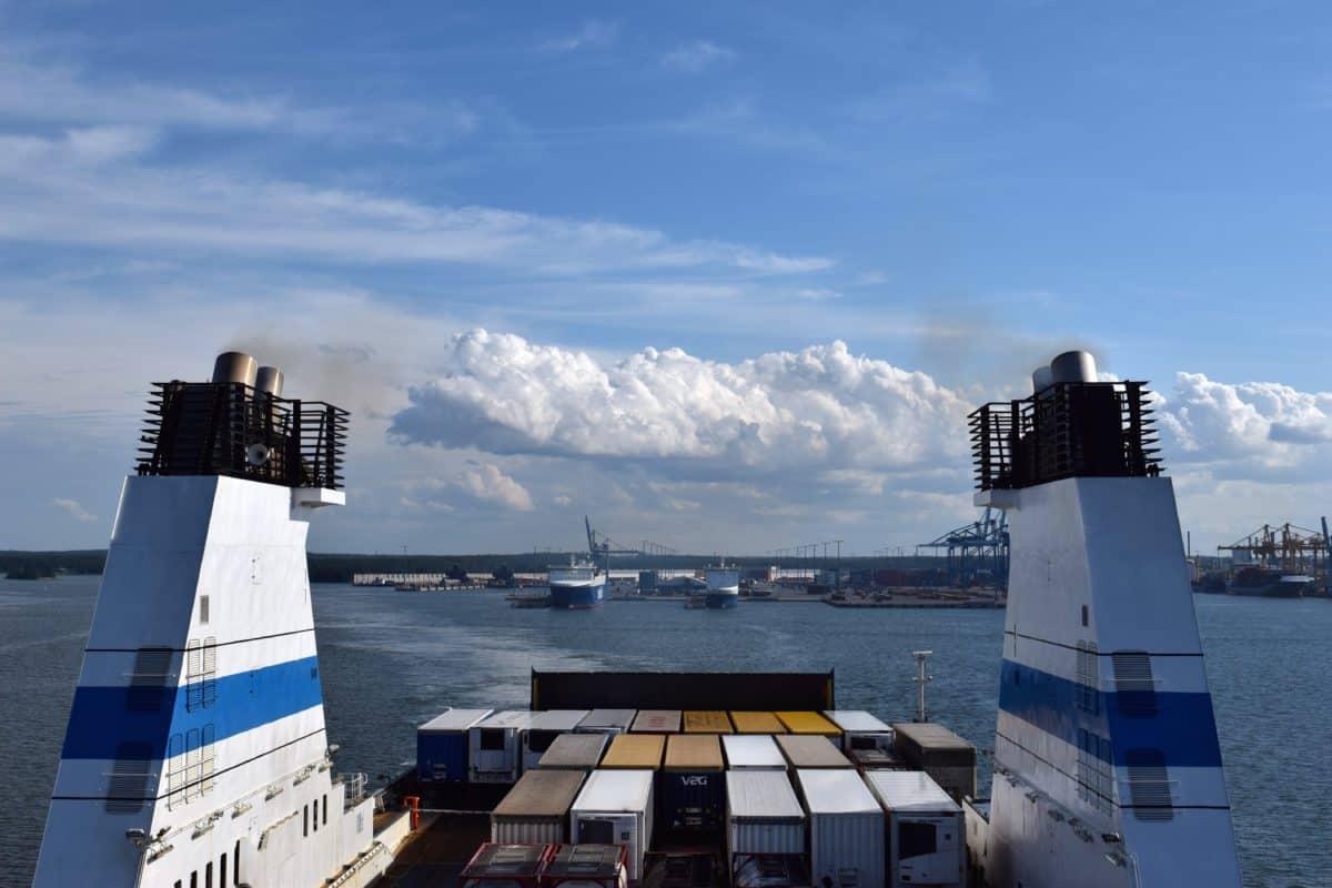 Hallitus esittää alusten bareboat-kaksoisrekisteröinnin määräaikaista sallimista
