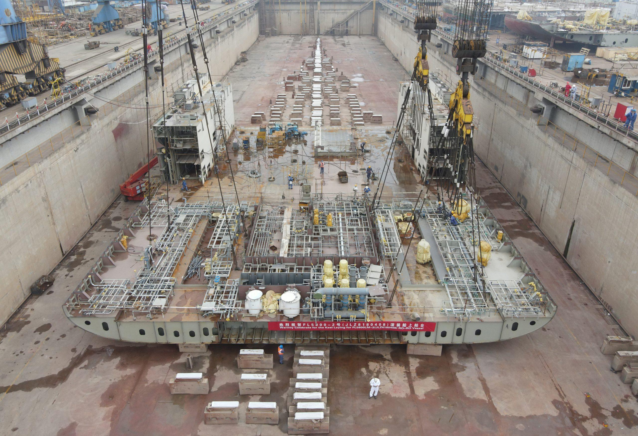 Finnlinesin toinen uusi hybridroro-alus kölinlaskuvaiheessa