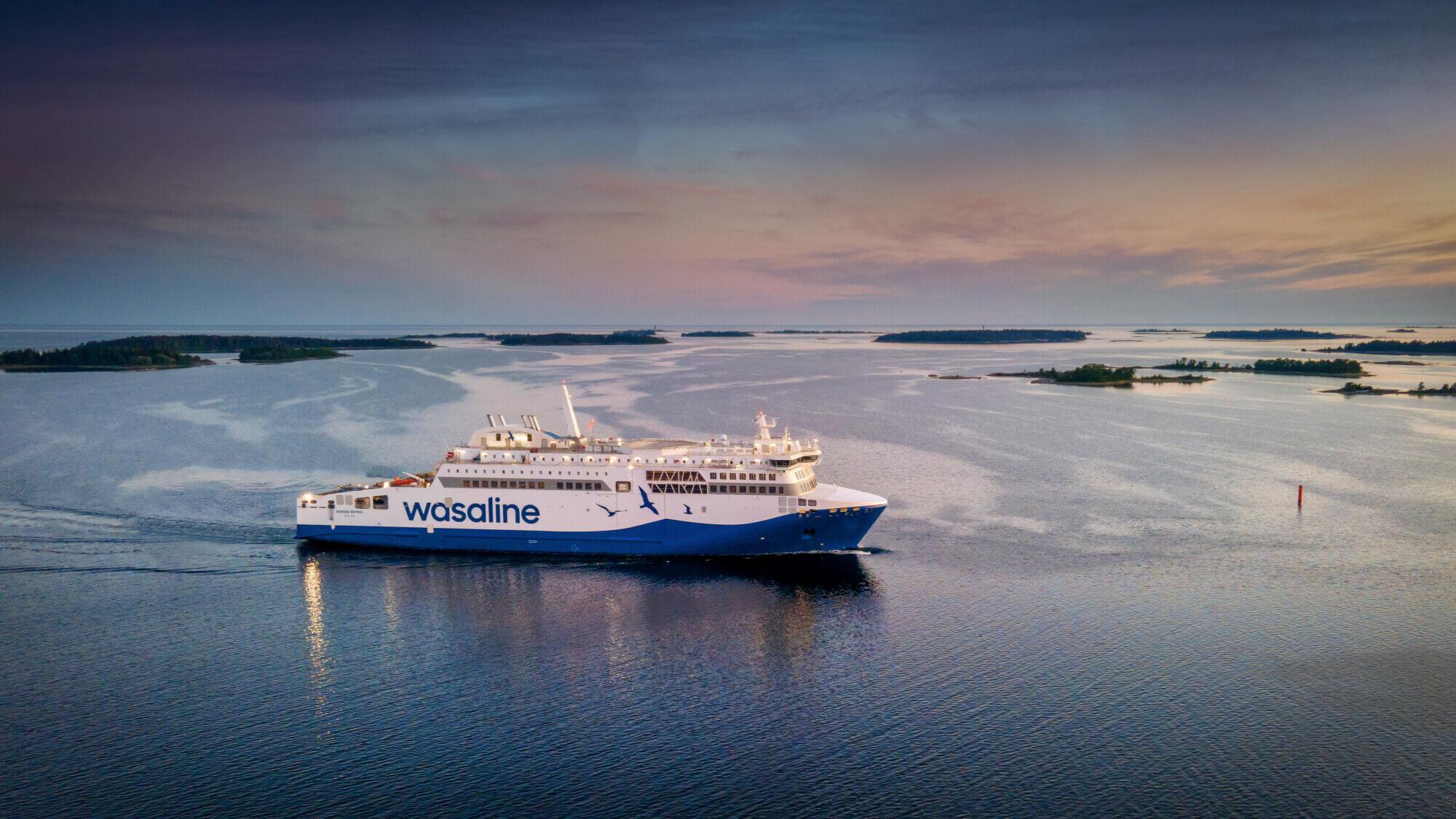 Vaasa–Uumaja-väliä liikennöivän matkustaja-autolautta Aurora Botnian luovutus siirtyy heinäkuulle